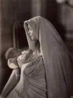 Lillian Gish in White Sister by James Abbe