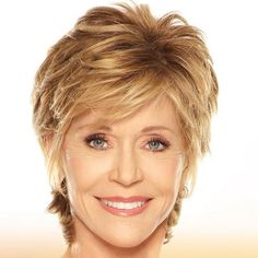 30 Most Stylish and Charming Jane Fonda Hairstyles . Everyone is mesmerized by the iconic style of the renowned Hollywood celebrity Jane Fonda. Girls Short Haircuts, Short Hairstyles For Women, Bride Hairstyles, Hairstyles Haircuts, Pixie Haircuts, Medium Hairstyles, Gorgeous Hairstyles, Short Hair With Layers, Short Hair Cuts