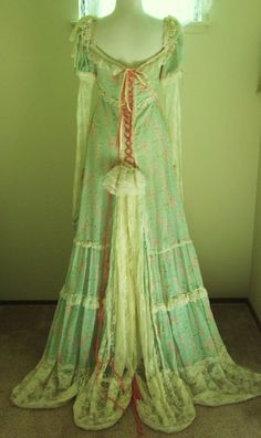 Vintage-marie antoinette-Titantic-Romantic Gown-Edwardian-Princess-Corset-Pearls-Lace-Bustle Minty Green-Dress-Ribbon Corset-Ruffles-S, via Etsy.