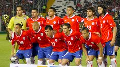 The Chilean national football team represents Chile in all major international football competitions. The team is controlled by the Federa. Football Photos, Football Shirts, World Cup 2014, Fifa World Cup, Sports Update, International Football, National Football Teams, Full Hd Wallpaper, Sports Wallpapers