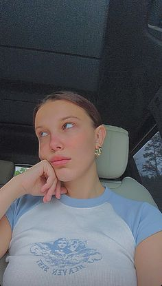 Millie Bobby Brown, Amy, Singer, Actors, T Shirts For Women, Celebrities, Pretty, Instagram, Ig Story