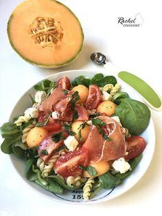 Salade de pâte, melon et jambon cru