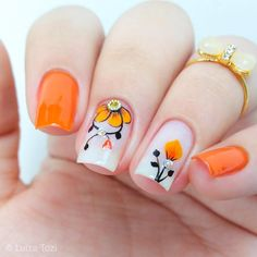 This post we have put together some nail art design ideas about the flower. You can refer to and choose to try and make your nails shiny. No matter the occasion, try one of the 50 cute nail designs below. Pretty Nail Art, Beautiful Nail Art, Gorgeous Nails, Fall Acrylic Nails, Acrylic Nail Designs, Nail Art Designs, Ongles Forts, Great Nails, Flower Nails