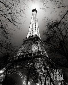 Sa Majesté La Tour Eiffel Art Print by Antoine Carrara at Art.com