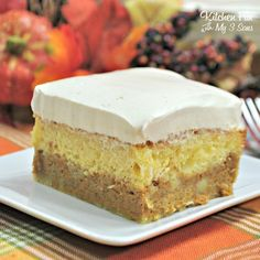 Pumpkin Magic Cake Pumpkin Pie Ingredients, Cake Mix Ingredients, Magic Cake Recipes, Moist Yellow Cakes, Pumpkin Chocolate Chip Cookies, Fun Desserts, Delicious Desserts, Dessert Recipes, Dessert Salads