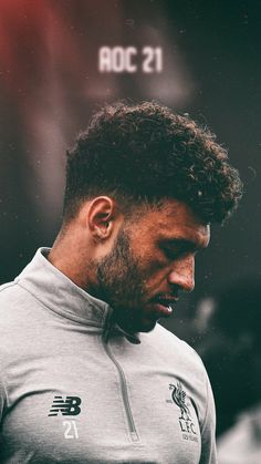 Liverpool Fc Wallpaper, Liverpool Wallpapers, Just Beautiful Men, Liverpool Football Club, Football Players, Ariana Grande, Soccer, Hairstyle, Sports