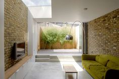 A side return extension can be a great way of adding space, often by enlarging the kitchen and joining it with the dining and living rooms. Victorian Terrace House, Victorian Homes, Edwardian House, Side Return Extension, Rear Extension, Extension Ideas, Basement Conversion, Glass Extension, Basement Windows