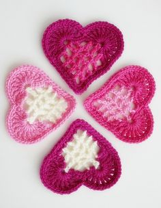 Free Hearts Crochet Pattern from Ravelry...love these hearts, the middle is so unique!