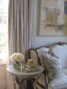 Maison & Co. French Country Interiors, Country Interior Design, French Country House, Interior Design Living Room, Paris Decor, White Home Decor, White Rooms, Shabby Chic Decor, Country Decor