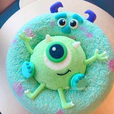 Disney Snacks, Disney Food, Bolo Chiffon, Comida Disney, Cute Baking, Cute Donuts, Beautiful Birthday Cakes, Cute Desserts, Cafe Food