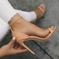 Hot Sale Black and Brown Rivet Super High Heel Sandals from Eoooh❣❣ Heißer Verkauf sch. Platform High Heels, High Heel Pumps, Women's Pumps, Stiletto Heels, Pointed Heels, Blue Pumps, Nude Heels, Peep Toe Heels, Super High Heels