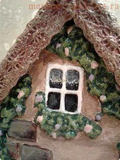 Как задекорировать заготовку Чайный домик с помощью соленого теста и шпатлевки Diy Clay, Clay Crafts, Paris Art, Miniatures, How To Make, Food, Craftsman Homes, Diy, Little Cottages