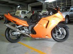 CBR 1100 XX Super Blackbird. Love the Orange and Black. Sweet look!