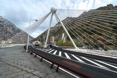 http://www.cfcsl.com/wp-content/uploads/2015/04/20150217-135811-CFCSL_Andorra-Editar-Puente_Madrid.jpg