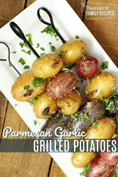 potatoes are the perfect BBQ side dish. Serve alongside grilled chicken, steak, or fish. A must for your next summer BBQ! potatoes are the perfect BBQ side dish. Grilled Chicken Side Dishes, Steak Side Dishes, Side Dishes For Bbq, Bbq Chicken Sides, Sides For Bbq, Perfect Chicken, Pork Rib Recipes, Grilled Steak Recipes, Side Dish Recipes