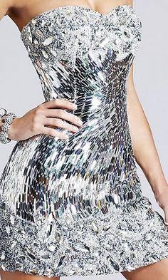 Mirror, mirror, on the.. dress? <3