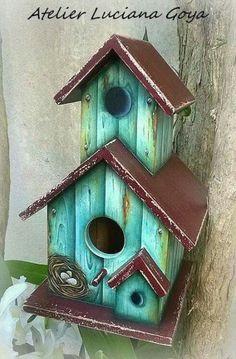 New unique bird houses diy ideas Wooden Bird Houses, Decorative Bird Houses, Bird Houses Painted, Bird Houses Diy, Bird House Feeder, Homemade Bird Feeders, Bird House Plans, Birdhouse Designs, Bird Boxes