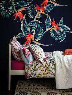 Tropical blooms - bedroom interior design trends 2014, decorating a bedroom
