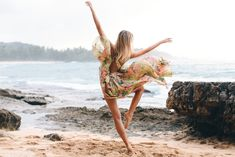 Tuula by Jessica Stein. Tuula, is all good things wild and free. Easy Dance, Dancing Barefoot, Gypsy, Dance Photo Shoot, Chantal, Foto Portrait, Turtle Bay, Luanna, Dance Movement