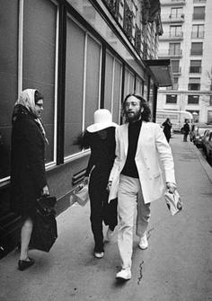 John Lennon and Yoko Ono John Lennon Yoko Ono, John Lennon Beatles, The Beatles, Liverpool, Best Song Ever, The Monkees, The Fab Four, Ringo Starr, Classic Rock