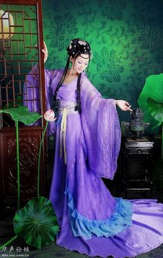 Ancient Chinese dress purple : )