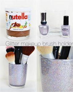 DIY Glitter makeup brush holder / Créer vos propres boîtes à maquillage ou bijoux. Peu cher et original !