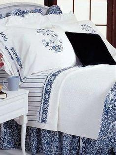 Ralph Lauren Blue and White Bedding Porcelain Blue Tamarind Set of 7 Retired Blue Comforter Sets Queen, Ruffle Comforter, Bedding Sets, King Comforter, Pillow Shams, Pillow Cases, Blue And White Bedding, White Duvet, Beach Cottages