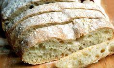 Receta de la ciabatta o pan de chapata, un pan tradicional italiano. Aprende a preparar en casa tu propio pan de chapata.