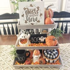 Roz💠Staging With Style by Roz ( Tray Decor, Halloween, Staging, Fall Decor, Throw Pillows, Photo And Video, Tier Tray, Holiday, Autumn