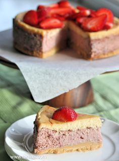 Strawberries and Cream Cheesecake #thermomix #tenina #recipe