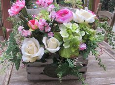 Hey, I found this really awesome Etsy listing at https://www.etsy.com/listing/232834999/floral-arrangement-flower-centerpiece
