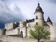 Castillo de Simancas, Valladolid, Castilla y León. Photo by lasescapadas. Source/ Fuente: http://www.lasescapadas.com/fondos/fondo/castillo-de-simancas.php
