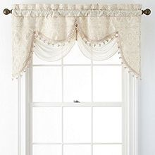 Sewing Curtains Portofino Scalloped Rod-Pocket Valance - Drape your window in stunning beauty with this floral damask window valance. No Sew Curtains, Rod Pocket Curtains, Valance Curtains, Valances, Scarf Valance, Crochet Hook Set, Hearth And Home, Sewing Patterns Free, Sewing Ideas