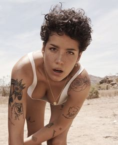 Halsey Is a Rebel at Peace: The Rolling Stone Cover Story – Rolling Stone Persona, Paola Kudacki, Looks Rihanna, Actrices Sexy, Pelo Pixie, Girl Crushes, Rolling Stones, Girl Tattoos, Peace Tattoos