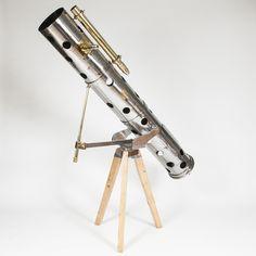 Newtonian reflecting telescope