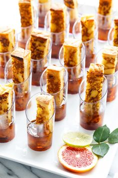 French Toast Shooters ~ bite-sized sticks of French toast served in shot glasses of maple syrup . great idea for a brunch party . A perfect brunch party recipe, these individual sized French toast sticks are served with a shot of maple syrup. Brunch Buffet, Breakfast Buffet, Party Buffet, Breakfast Party, Wedding Breakfast, Breakfast Shot, French Toast Sticks, French Toast Bites, Champagne Brunch