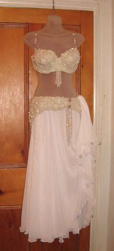 beautiful belly dance costume.. I LOVE white bedlah sets!