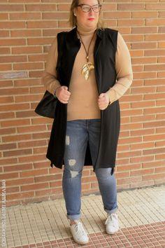 Trendy Curvy Look. Black & Camel #lookcamel #lookblack #lookjeans @violetabymango #outfittallagrande #curvy #plussizecurve #personalshopper #curvygirl #loslooksdemiarmario #bloggermadrid #outfit #plussizeblogger #fashionblogger #influencer #zara #trendy #bloggerXL