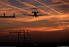 Canadair CL-600-2D24 Regional Jet CRJ-900 NextGen aircraft picture