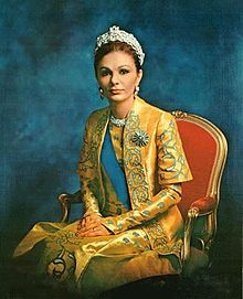 """""""Farah Pahlavi (born Farah Diba, 14 October 1938, Tehran; Persian: فرح پهلوی, Azerbaijani: فرح پهلوی) [2] is the former Queen and Empress of Iran. She is the widow of Mohammad Reza Pahlavi, the Shah of Iran, and only Empress (Shahbanou) of modern Iran. She was Queen consort of Iran from 1959 until 1967 and Empress consort from 1967 until exile in 1979."""""""