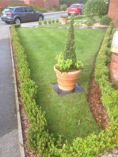 Lawncare treatments, Barford, Warwickshire Lawn Care, Sidewalk, Green, Plants, Lawn Maintenance, Side Walkway, Walkway, Plant