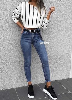 blue jeans and sneakers ideas for fall Here are some of the best fall outfit ide., blue jeans and sneakers ideas for fall Here are some of the best fall outfit ideas you can copy right now. back to school outfits for middle schoolers. Outfits Blue Jeans, Outfit Jeans, Mode Outfits, Fashion Outfits, Sneakers Fashion, Skirt Outfits, Jeans Fashion, Blouse Outfit, White Outfits