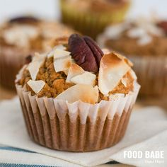 These carrot cake muffins make a fun breakfast or snack on the go but you can also frost them like cupcakes to make a festive Easter treat! Theyre gluten-free and have no added refined sugar but are super moist and delicious. I cant wait to bake anoth Carrot Cake Muffins, Carrot Cake Cupcakes, Breakfast Dishes, Best Breakfast, Breakfast Cupcakes, Breakfast Ideas, Healthy Treats, Healthy Desserts, Healthy Baking