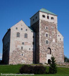 Castillo medieval de Turku en Finlandia
