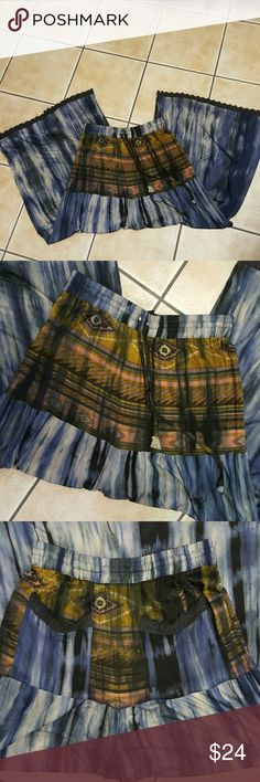 Amazing Wide Leg Pants! Tye-dye wide leg pants! Super comfortable with back pockets. stretchy waist with a tye. Pre-owned with tiny signs of wear, overall in nice condition! Bundle for a discount sacred threads Pants Wide Leg