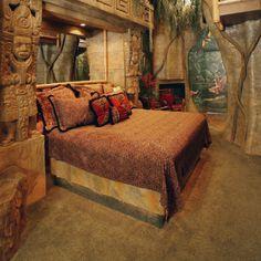 The Black Swan Inn - Pocatello, Idaho. Pocatello Bed and Breakfast Inns Awesome Bedrooms, Cool Rooms, Coolest Bedrooms, Bedroom Themes, Bedroom Decor, Bedroom Ideas, Jungle Bedroom, Floor Murals, Floor Art