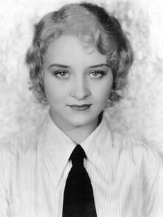 Marian Marsh and her snazzy tie, c. early 1930s  Erika Christensen looks so similar to her!   http://www.imdb.com/media/rm315458304/nm0159776