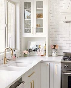 I think this might be my favorite spot in our new kitchen. When we renovated we were limited with the space and with only a… Ikea Kitchen, Kitchen Dining, Kitchen Decor, Kitchen Cabinets, Kitchen Ideas, Gold Kitchen, French Kitchen, Kitchen Shelves, Kitchen Countertops