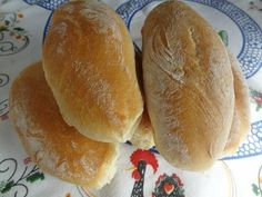 Portuguese Rolls – Papo Secos With All-purpose Flour, Salt, Sugar, Active Dry Yeast, Warm Water Portuguese Rolls Recipe, Portuguese Sweet Bread, Portuguese Desserts, Portuguese Recipes, Portuguese Food, Portuguese Kale Soup, Bread Recipes, Cooking Recipes, Cooking Time