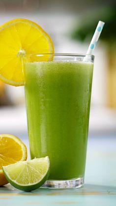 Exagerou na bebida durante o carnaval? Essa receita de suco detox vai te salvar dos prejuízos causados pela folia!